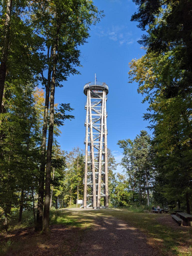 Urenkopfturm im kinzigtal bei haslach
