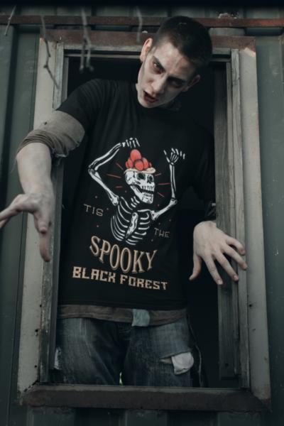 schwarzwald-halloween-t-shirt-design-tis-the-spooky-black-forest_man.png