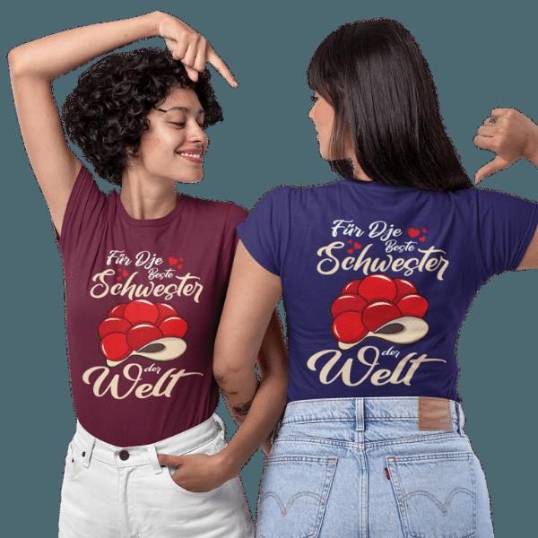 zwei frauen im studio mit violettem und blauem t-shirt mit motiv beste schwester im schwarzwald