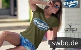 frau mit sonnenbrille und gruenem t-shirt mit motiv muellheim
