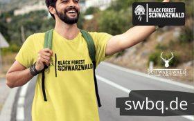 gelbes t-shirt mit der aufschrift black forest schwarzwald und einem bild von einer kuckucksuhr