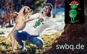 schwarzwald frauen hoodie - statement frosch mit bollenhut