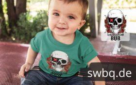 schwarzwald baby t-shirt mit totenkopf
