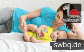 schwarzwald baby body - dinosaurier mit bollenhut
