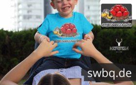 schwarzwald baby t-shirt - schildkroete mit bollenhut